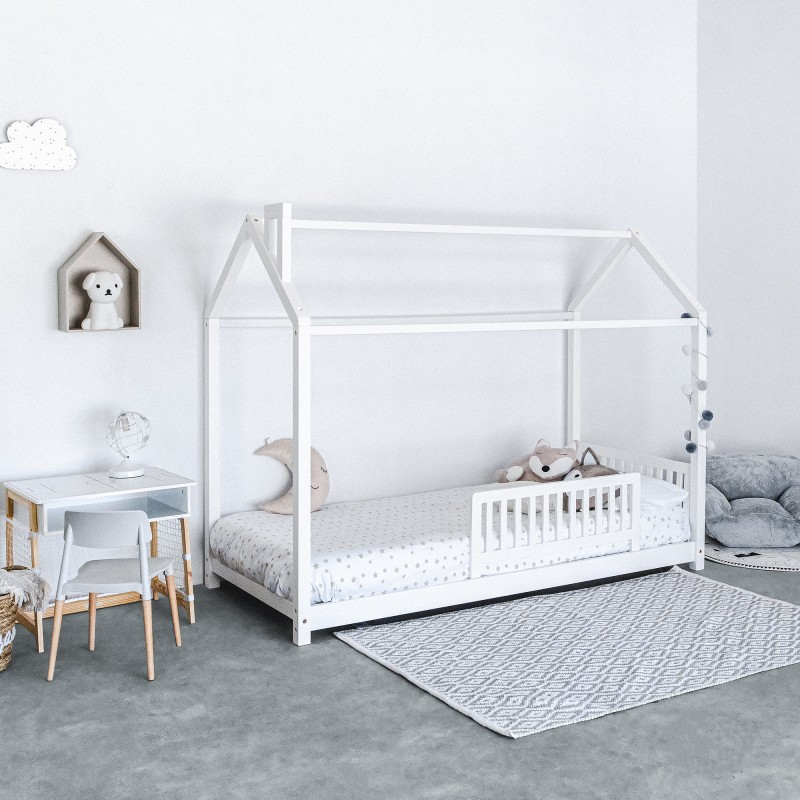 Montessori 2 lit d´enfant petit maison avec cheminée. 90x190cm